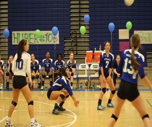 Varsity volleyball completes 9-8 season
