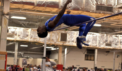 Junior Rashaan Jones sets school record with first seven-foot high jump in nation