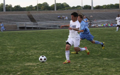 Boys' varsity soccer completes district championship season