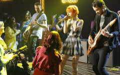 Concert review: Paramore at the Patriot Center