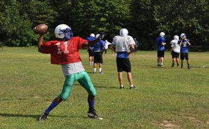 South Lakes to scrimmage Centreville on August 25