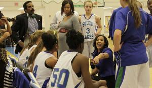 Varsity girls basketball defeats Herndon 46-33, boys varisty falls short 59-51
