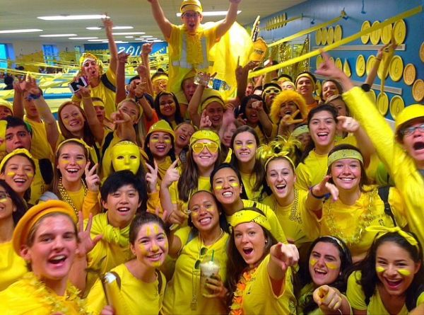 Class color day unites seahawks